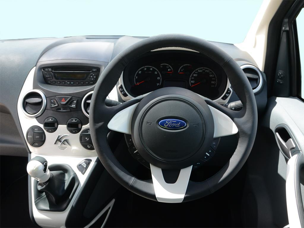 ford interior ford ka car and auto pictures all types all models. Black Bedroom Furniture Sets. Home Design Ideas